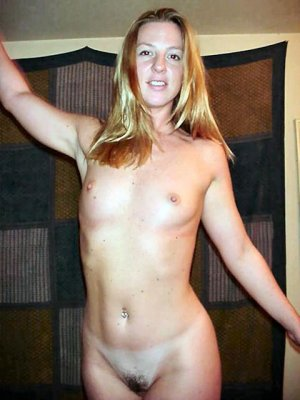 Ginger happy hour escort Grevesmühlen, MV